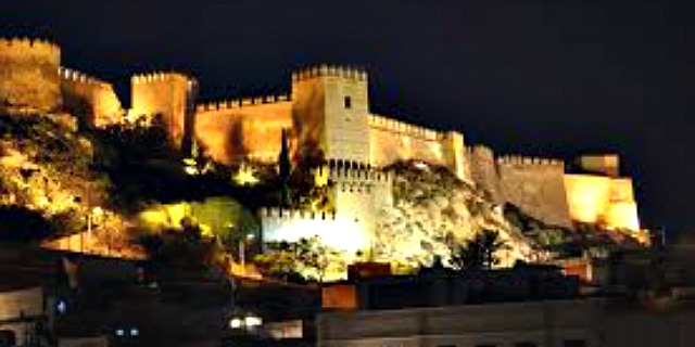 alcazaba-night