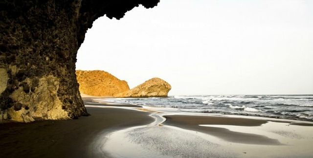 Things to do in almeria-Monsul beach